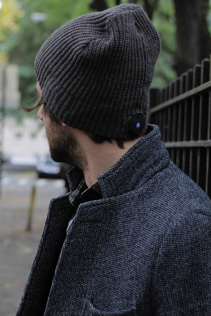 1 Voice Bluetooth Beanie